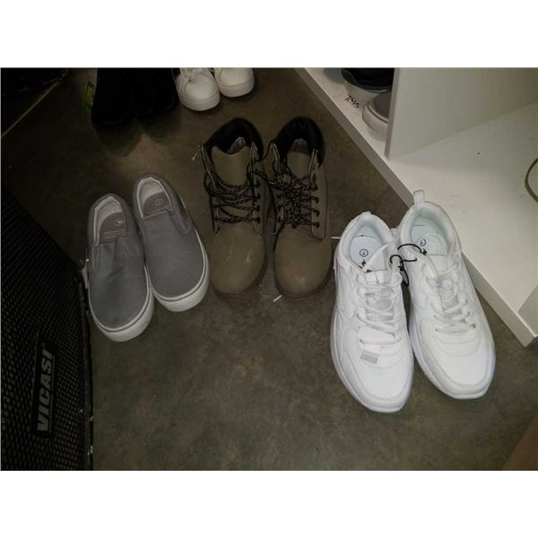 Three pairs of as new size 7 comfort shoes and boots