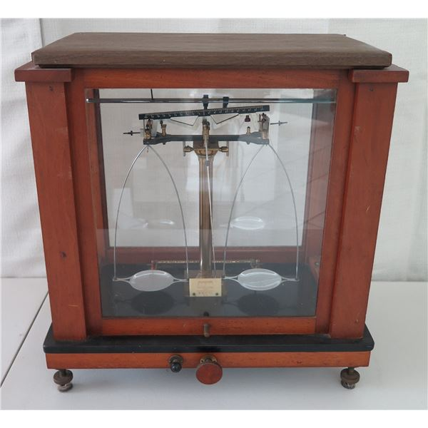 """Antique Weight Scale in Glass Display Case 16.5""""W x 9""""D x 18""""H"""