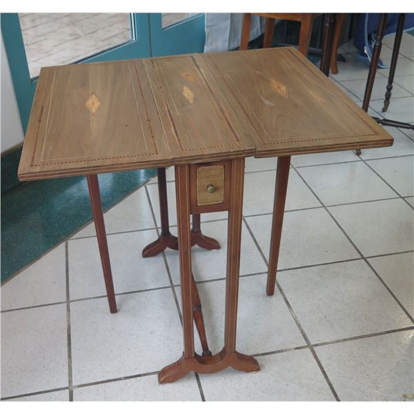 """Vintage Wooden Folding Game Table 26"""" x 22"""" 24.5"""""""