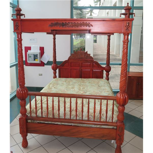 Rare Reproduction of Original Queen Kapiolani Bed in Kawananakoa Room of Iolani Palace, Queen Sz