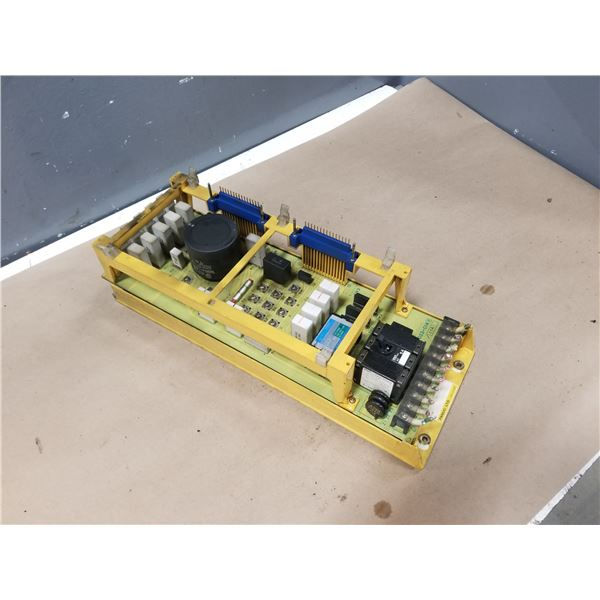 FANUC A06B-6058-H004 SERVO AMPLIFIER (CRACKED/DAMAGED HOUSING) *SEE PICS FOR DETAILS*