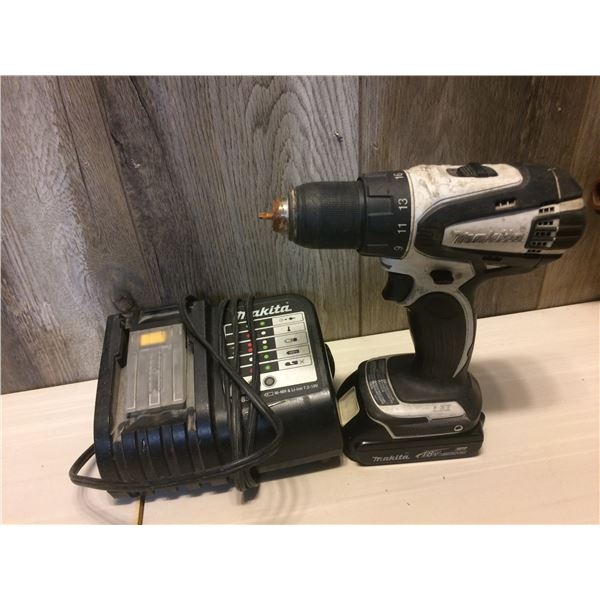 MAKITA 18V DRILL WITH BATTERY AND CHARGER