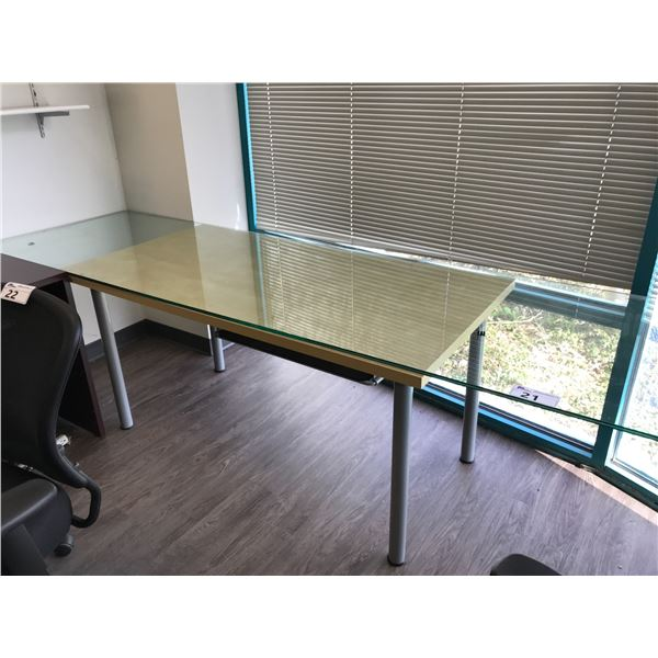 GLASS TOP 8' LAYOUT TABLE