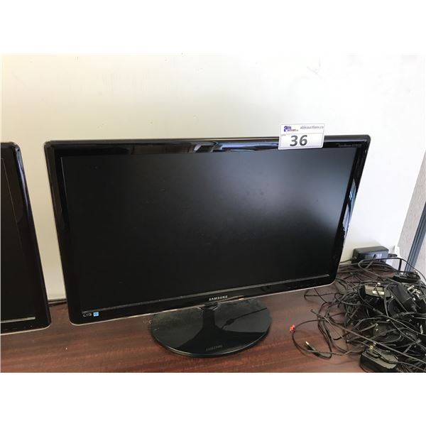 """SAMSUNG 27"""" LCD MONITOR"""
