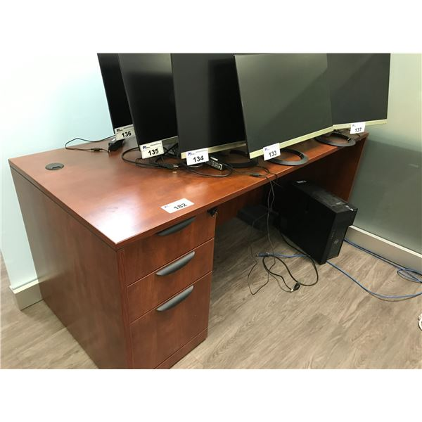 AUTUMN MAPLE 6' SINGLE PEDESTAL EXECUTIVE DESK