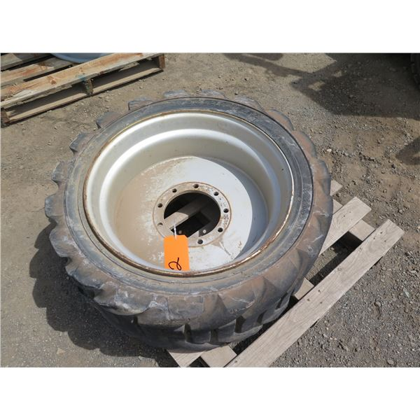 Outrigger 355/55D625 Tire with Rim