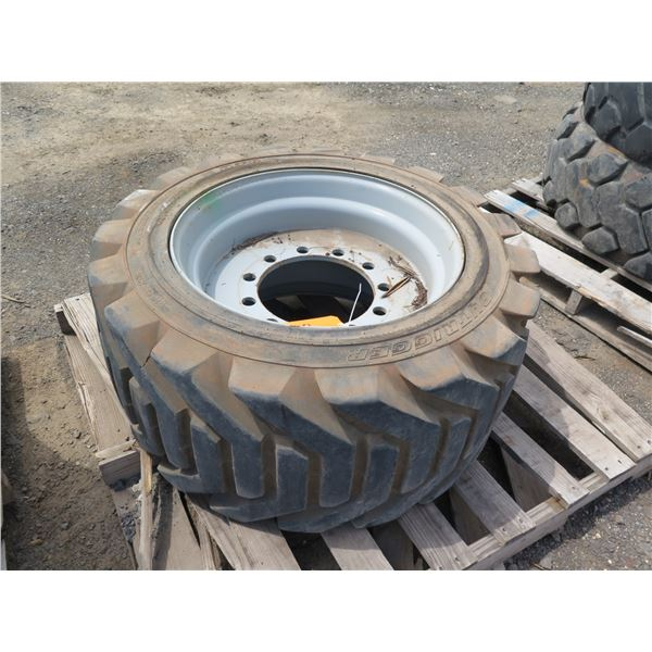 Outrigger 18-625 Tire with Rim