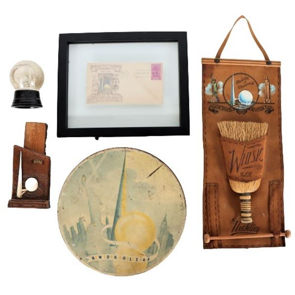 Lot of (5) 1939 NY World's Fair Collectibles