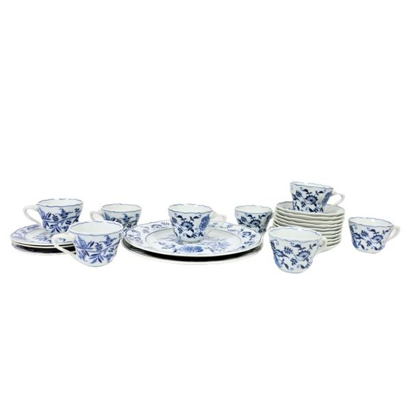 Danube Blue & White Plate/Tea Set