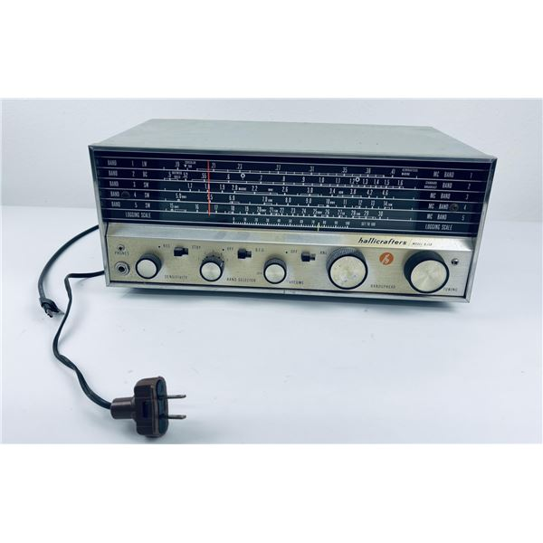 Hallicrafters Model S-118 Shortwave Radio