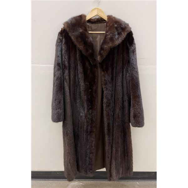 Stunning Full Length Brown Mink Fur Coat