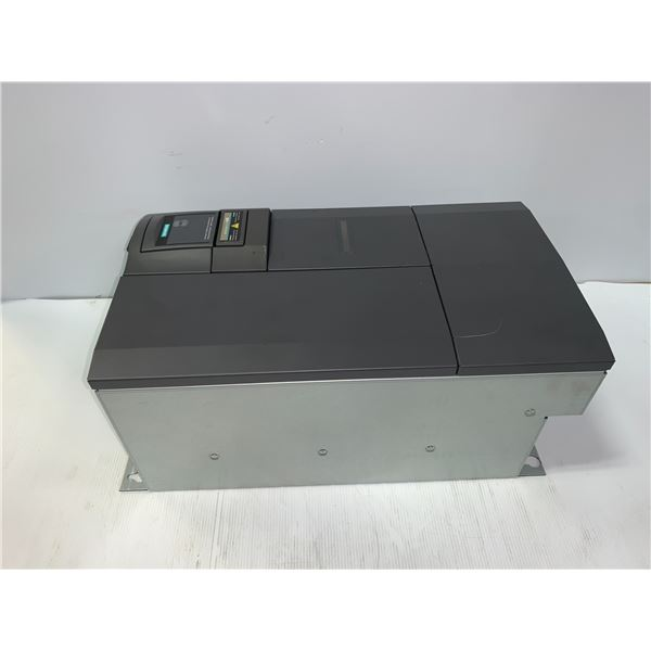 SIEMENS 6SE6440-2UD32-2DA1 MICROMASTER 440 DRIVE