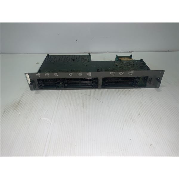 FANUC A16B-2200-0955/04A CIRCUIT BOARD