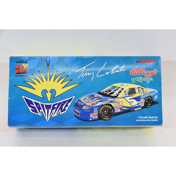 Action 1:24 Scale Die Cast Stock Car Limited Edition Adult Collectible Terry Labonte