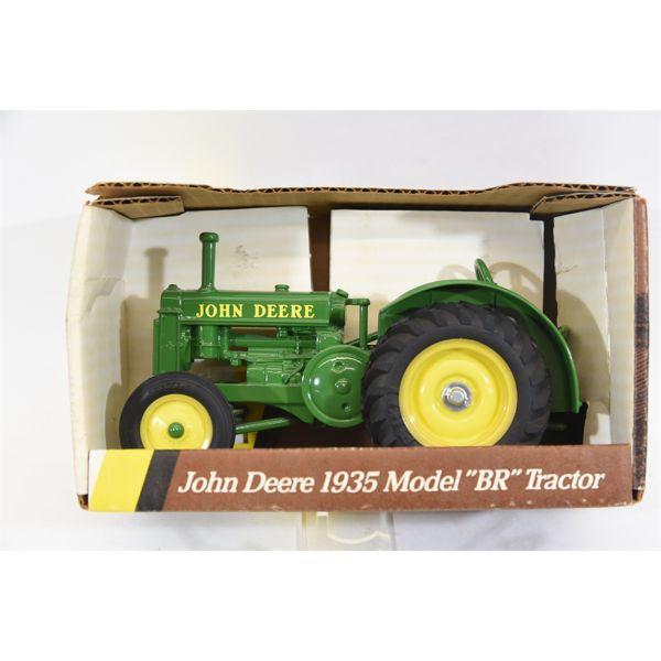 John Deere 1935 Model BR Tractor No. 5586