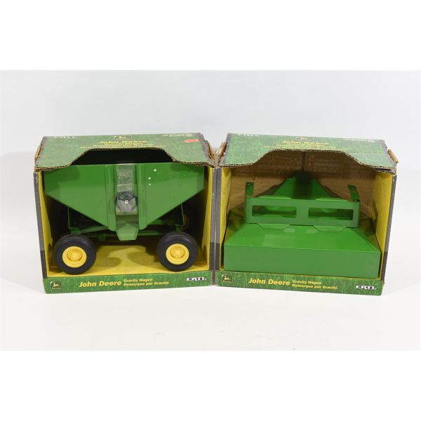 John Deere Gravity Wagons