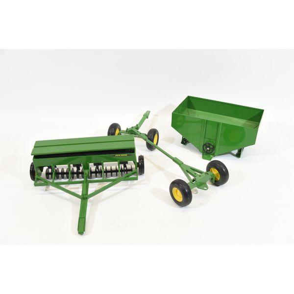 Box Lot John Deere Tractor Utilities For 1/16 Scale