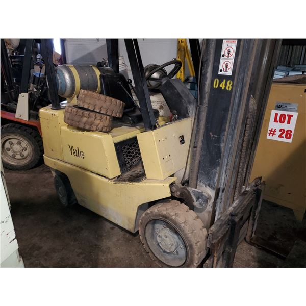 YALE Forklift 5000lbs (3 mâts) with side shift