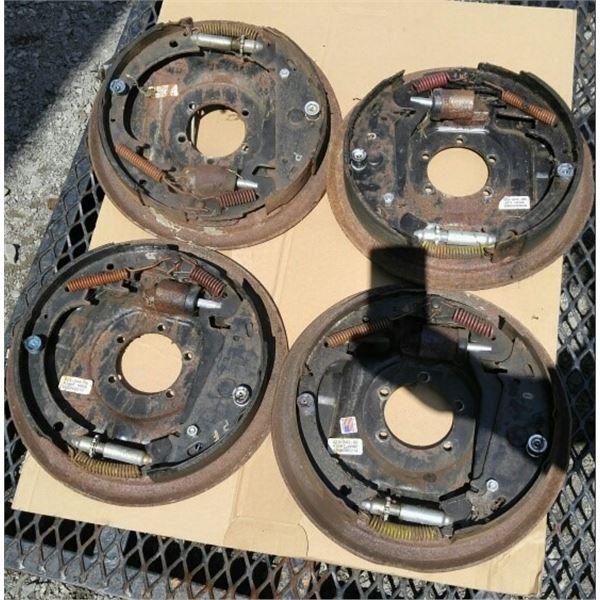 """Freins Dexter Hydraulique 12x2"""", essieux 5.2k-7k lb.  Free Backing. 2 Gauches et 2 Droits"""