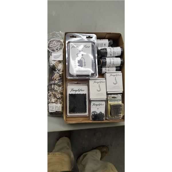 ASSORTED TANGLE FREE DUCK DECOY ACCESSORIES
