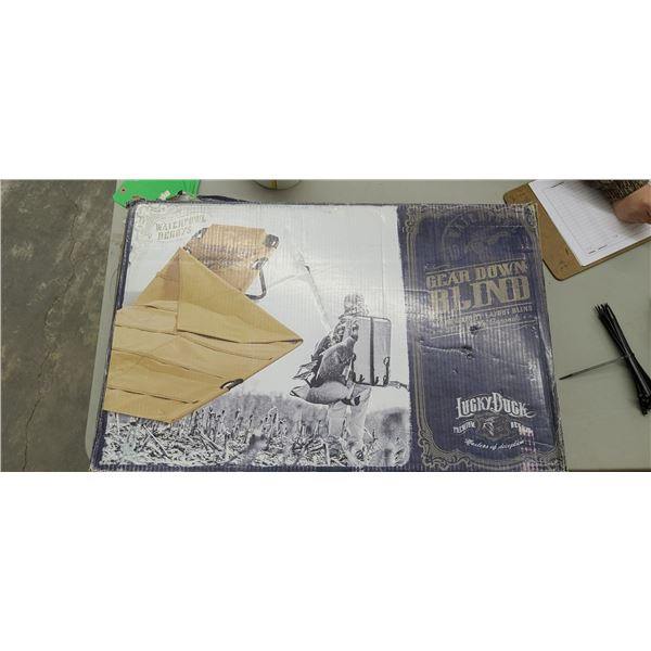 LUCKY DUCK GEAR DOWN LAYOUT BLIND RET. VAL $149.102