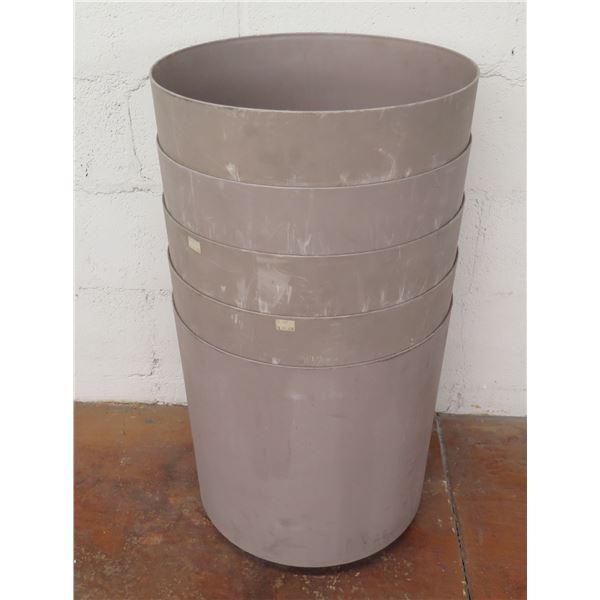 "Qty 5 Plastic Stacking Planter Pots 16""D x 17""H"