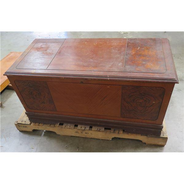 """Wooden Chest w/ Lock & Metal Hardware 40""""x18""""x20"""""""