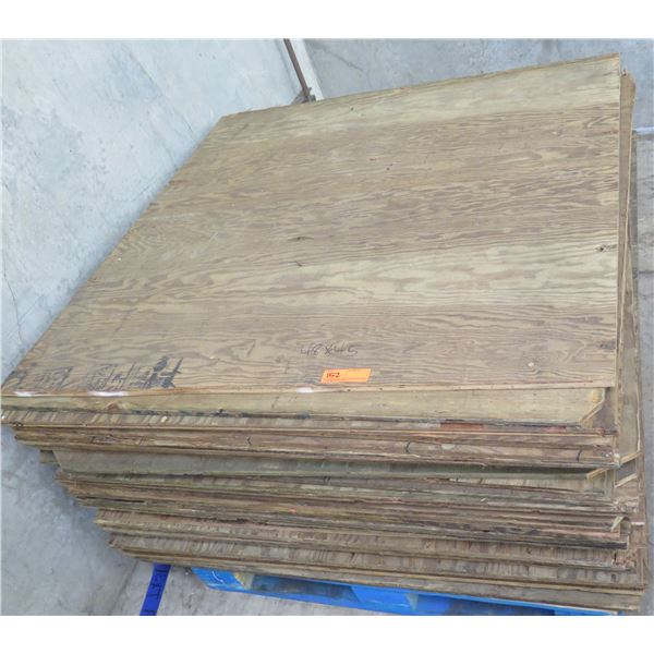 "Pallet Multiple Plywood Sheets 48""L x 45"" W"