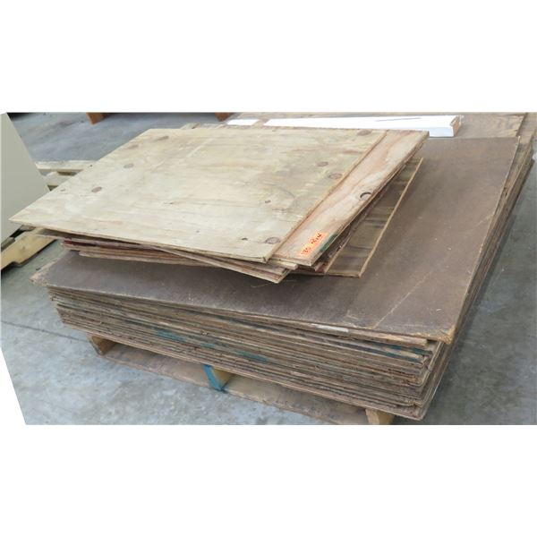 "Pallet Multiple Plywood Sheets 48""L x 48"" W"