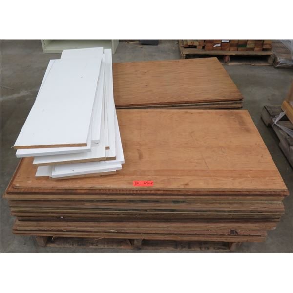 "Pallet Multiple Plywood Sheets 48""L x 24"" W"