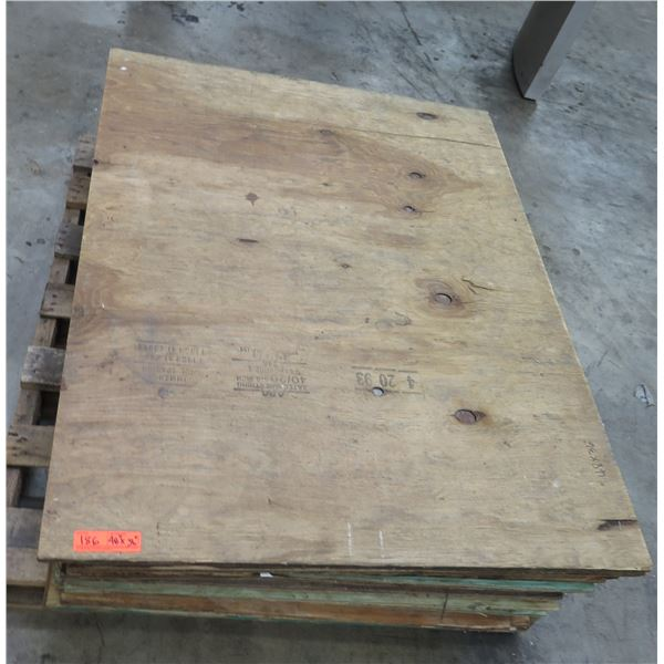 "Pallet Multiple Plywood Sheets 48.5""x36"""