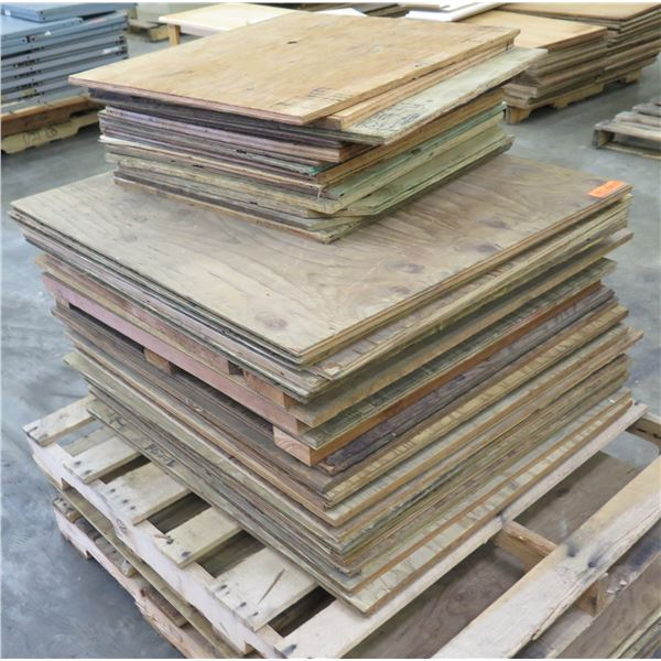 "Pallet Multiple Plywood Sheets 36""x33"""