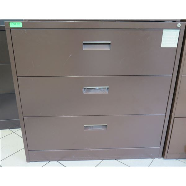 Harbor Universal Beige Metal 3 Drawer Lateral Legal File Cabinet