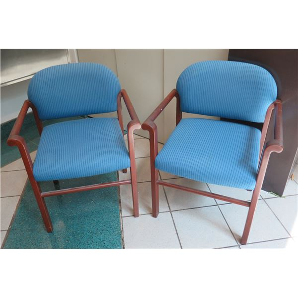"Qty 2 Modern Mode Stacking Wooden Upholstered Arm Chairs 22""x22""x32"""