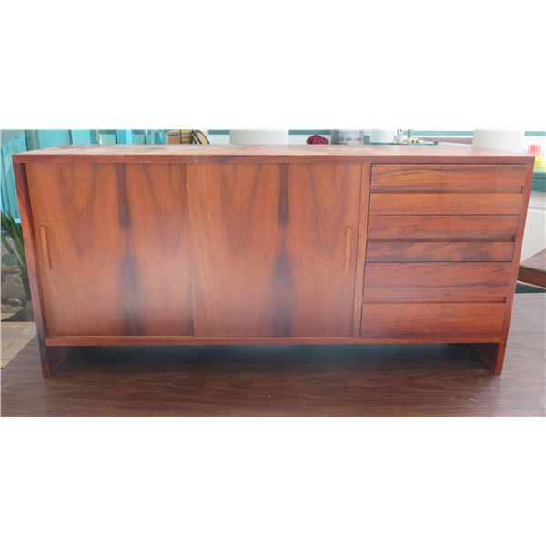 "Wooden Sideboard Cabinet w/ 2 Sliding Doors & 3 Drawers 52""x14""x25"""