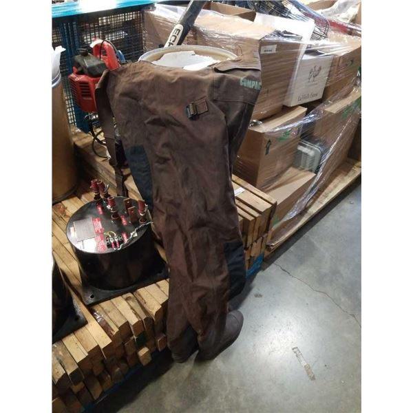 Size 8 Compac hip waders