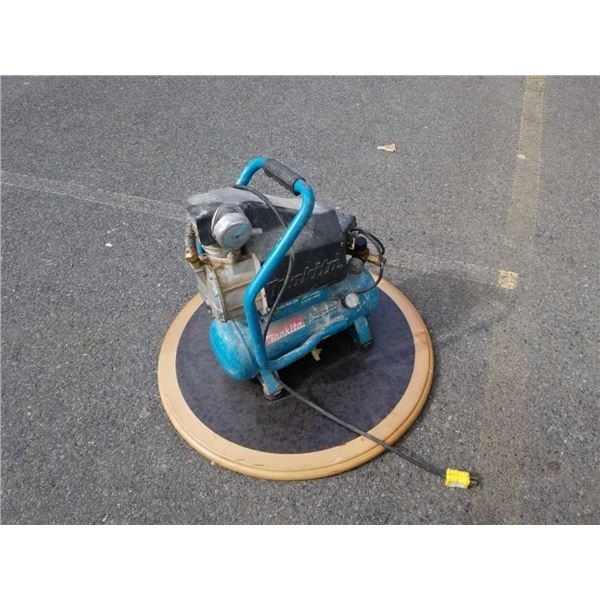 Makita compressor and wood base as is