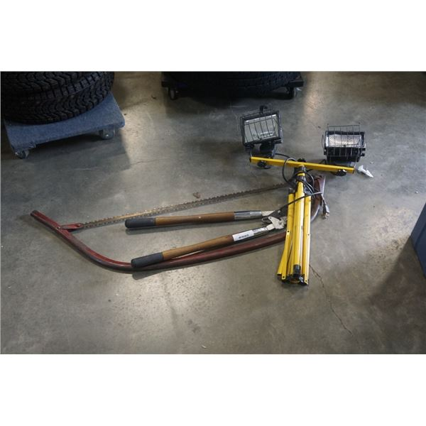 DOUBLE WORK LIGHT, LARGE BOW SAW AND PRUNER