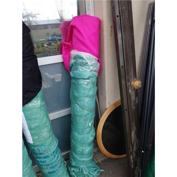 5 foot roll of pink fabric