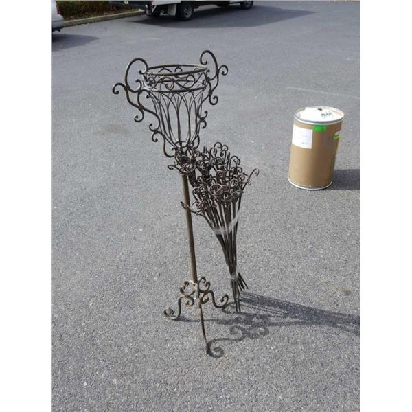 4 foot decorative metal stand and with bundle of ground stakes
