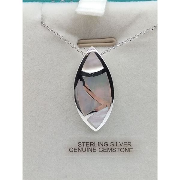 STERLING SILVER MOTHER OF PEARL PENDANT W/ CHAIN RETAIL $250