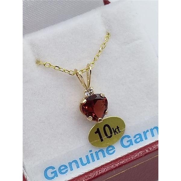 10KT GOLD HEART PENDANT ACCENETED W/ GOLD PLATED SILVER CHAIN SET W/ GENUINE GARNET W/ APPRAISAL $35