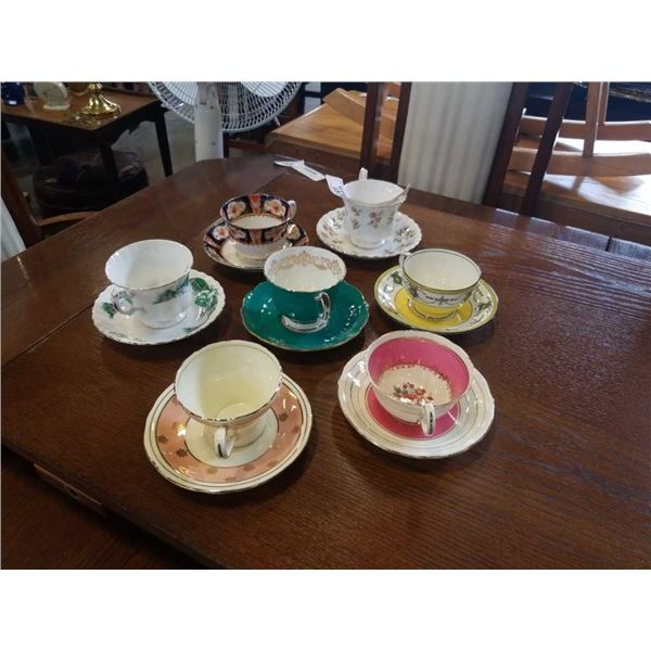 Lot of cups and saucers,Aynsley, Royal albert and melba