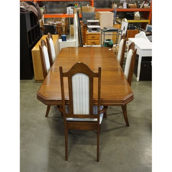 OAK DINING TABLE WITH LEAF AND 5 CHAIRS