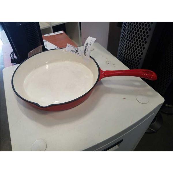 ENAMELLED CAST IRON FRYING PAN