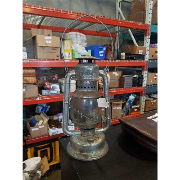 BEACON OIL LAMP
