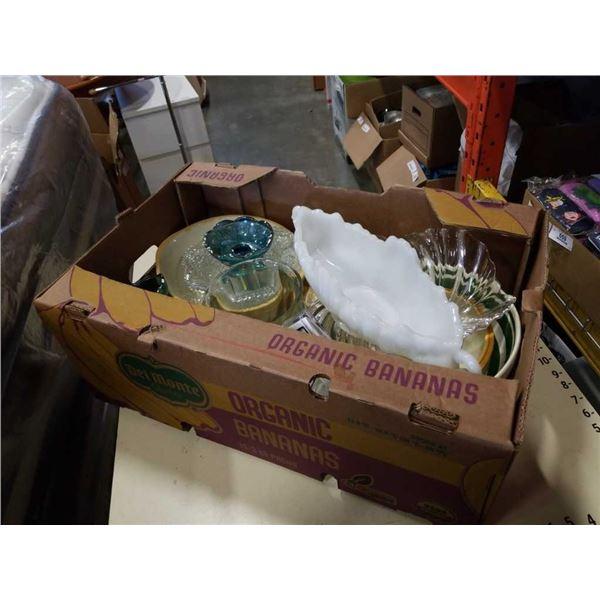 BOX OF GLASSWARE, MIXING BOWLS, VASE