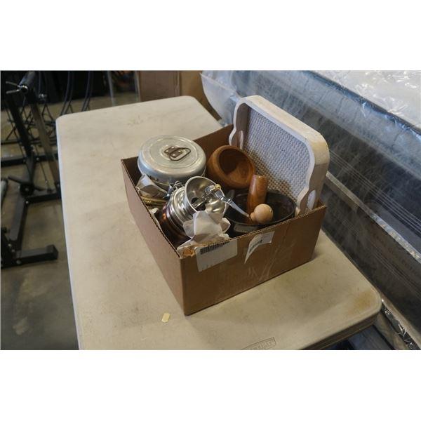 SMALL CAST IRON POT, METAL TIN, WOOD MORTAR AND PESTLE SET, METAL COFFEE GRINDER