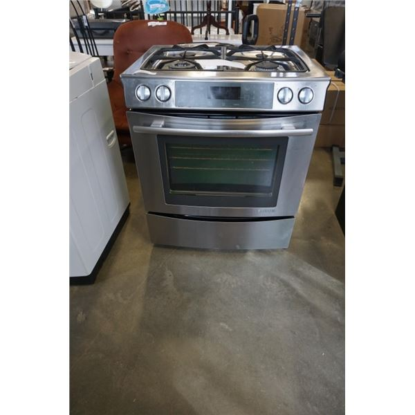STAINLESS JENN AIR STOVE - OVEN NOT WORKING