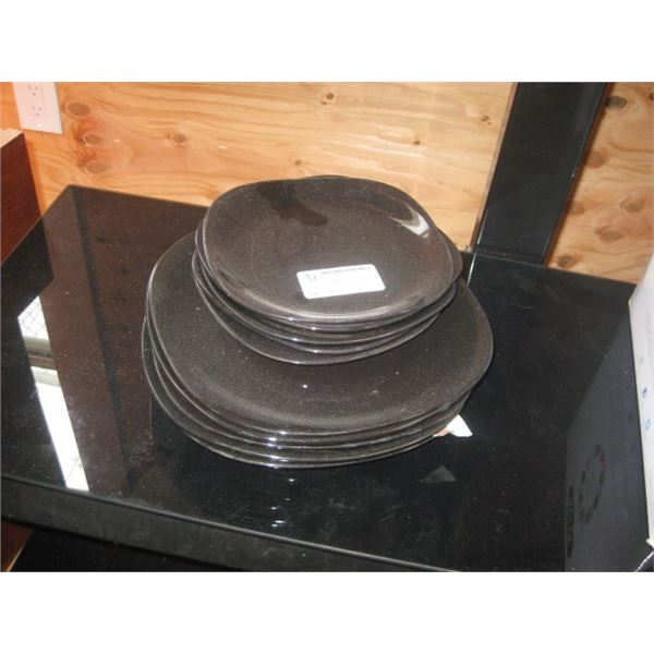 10PC BLACK DISHWARE
